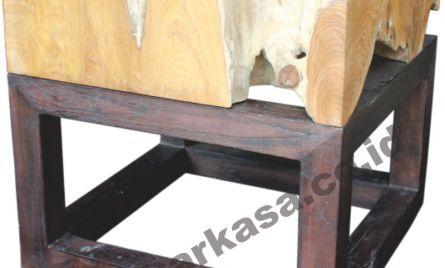 Code : KRA_TBL_CF 003 <br> Size   : 50 x 50 x 50 cm