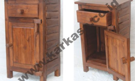 Code: KRA_CB 001 <br> Size: 48x35x80 cm