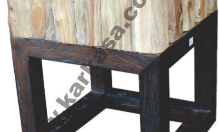 Code : KRA_STL 080 <br> Size   : 35 x 35 x 45 cm